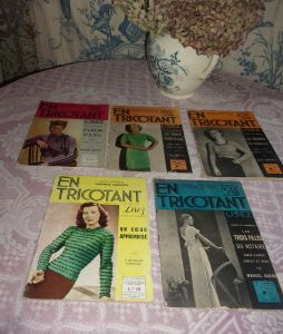 LOT DE MAGAZINES ANCIENS DE TRICOT .. EN TRICOTANT