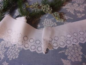 fine broderie anglaise ancienne