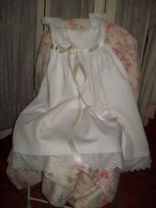 superbe robe de bapteme ancienne. Black Bedroom Furniture Sets. Home Design Ideas