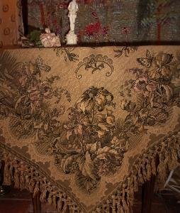 de table ancien 1900 / tapisserie/ iris